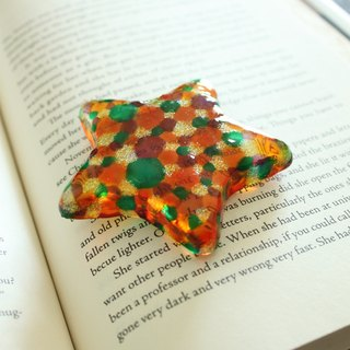 Stained Glass Star Paper Weight with Orange Green Bubbles・Handmade Astrology Gift