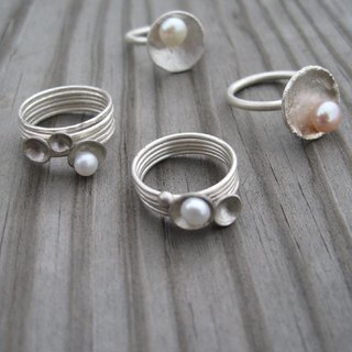 Small plates pearl ring