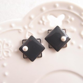 geometry. Black - non-painful U-shaped ear clip stainless steel ear pin silicone ear