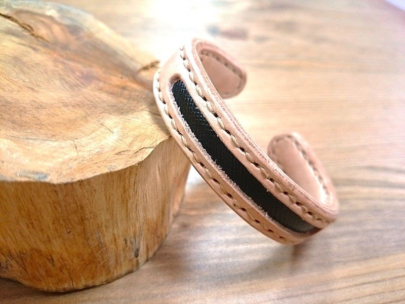 _ Auspicious hand-made leather bracelet concentric Five - Tongxin increase (s) - Five black