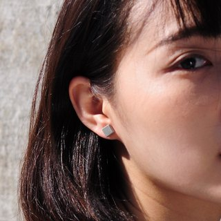 Square Concrete Earring | Classic Series