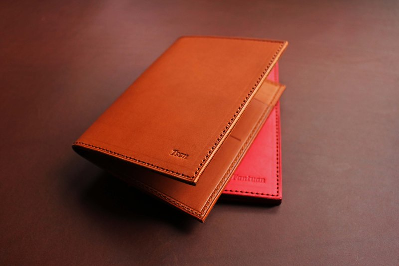 [VULCAN Passport Holder] Passport holder Italian thin wax vegetable tanned leather can be purchased with embossed