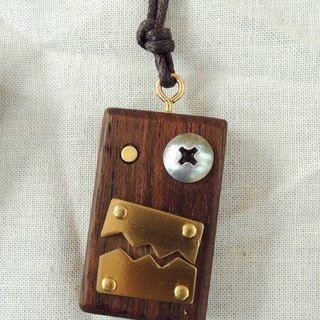 Wood necklace robot laugh at you -