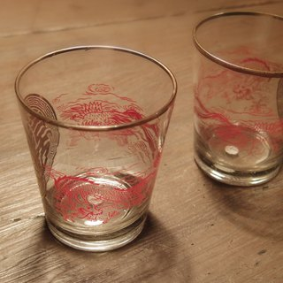 2 Vintage 9 cm Vintage Glasses with dragon & amp; Phoenix early dragon and phoenix patterns glass