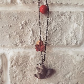 Fabulous Adventure - Autumn Squirrel necklace