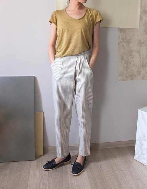 Beige cotton trousers oblique fold stripes Lun
