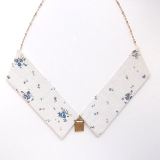 Collar Necklace| Floral in Beige
