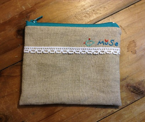 MuSe bird embroidery purse / cosmetic bag - Cotton Green
