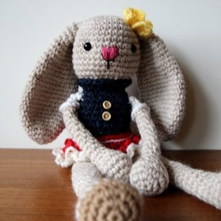 Amigurumi crochet doll: Hanging ear rabbit, white rabbit, Knitting student skirt