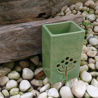 Hand-made pottery burned incense holder (side seat / Matcha)