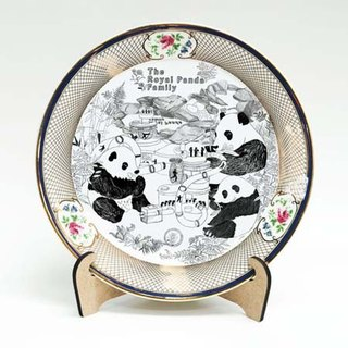 <The most beautiful moment> Series plate / plate Royal Panda