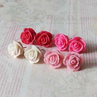 Resin Little Rose earrings (brilliant pink)