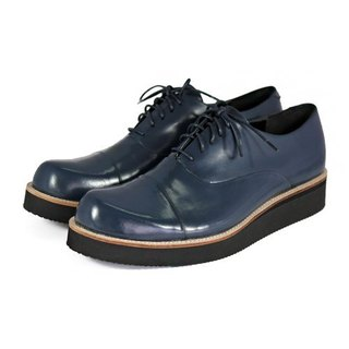 Wine Cup M1127 Midnight Blue leather sneakers