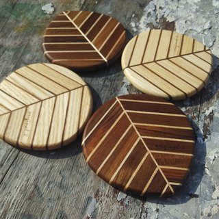 【Original wood】 two-color good food _ leaf coaster (1)