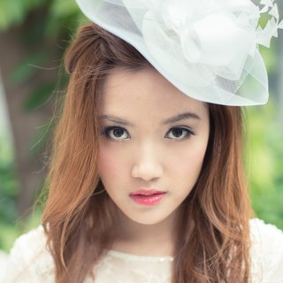 Bridal headpiece - Statement white crinoline hair fascinator, on sinamay disc base