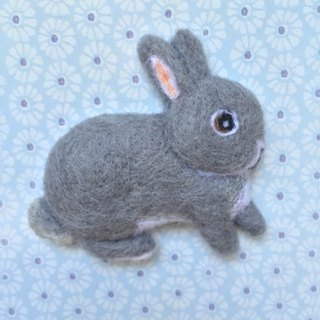 Lime rabbit - Handmade wool felt brooch