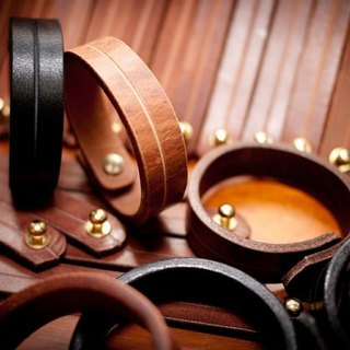 Dreamstation leather Pao Institute, Italian vegetable tanned leather leather bracelet hand, the primary color / Coffee
