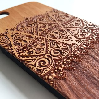 Real wood engraved iPhone 6 / 6 Plus case 045