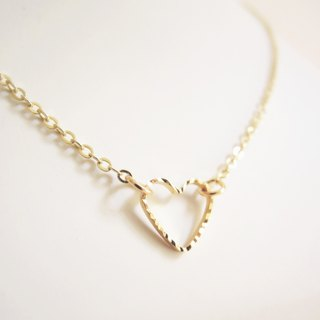 Valentine's Day Gifts · Mini Minimalist · Cut Flower Heartwarming · Gold-plated Necklace (40cm)