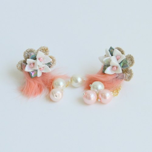Field flower | Exclusive ceramic flower hairy pearl beaded ear clip Japanese