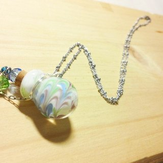 Grapefruit Lin handmade glass - essential oil bottle / smell bottle necklace - with the wind (round bottle)