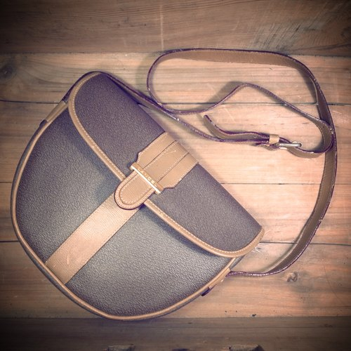 [Bones] early LANCEL caramel color waterproof canvas x leather dorsal saddle bag small square package genuine antique print bag Vintage