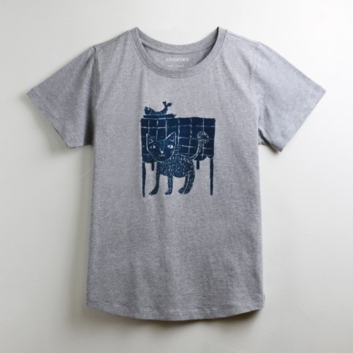Cotton hand texture T-shirt - childlike cat afternoon tea