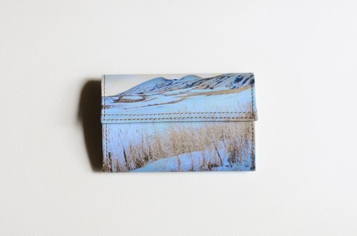 1983ER small paper bag - winter snow-capped mountains