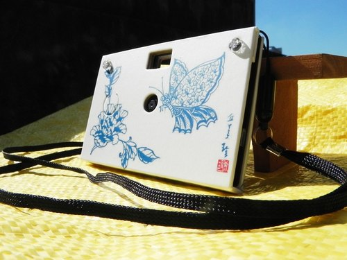 Paper Shoot paper creative paper camera can shoot digital camera Lomo retro gift exchange 4GB SanDisk MicroSD memory card included four kinds of effects Taiwan brand (ink series - Blue Butterfly)