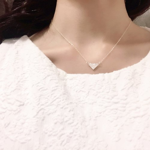 Dainty Silver Triangle Necklace / Perfect Layering Necklace