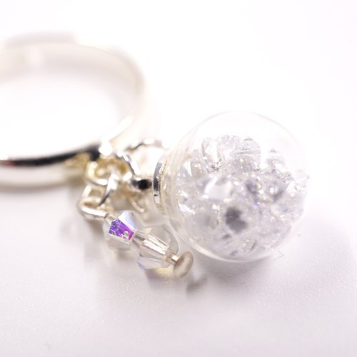 A Handmade white crystal ball ring