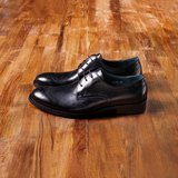 Vanger 優雅美型‧現代簡雅雕花德比仕鞋║Va164都會黑