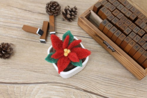 """Christmas red small pot"" ❄ Bobo Quer warm handmade wool felt little shop limited pot!"