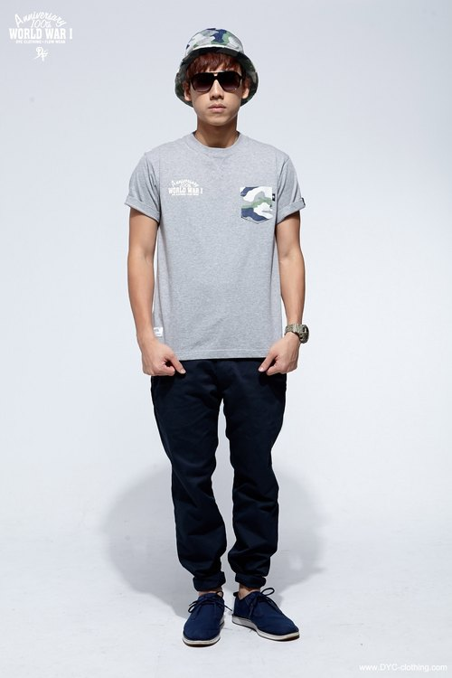 D / F WWI Pocket Tee.