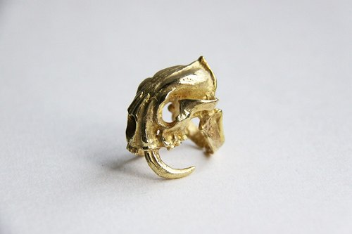 Saber Tooth Tiger Ring / Golden / Black Ruthenium Version / Handmade Metal Work