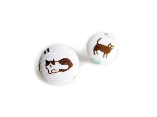 Cloth buckle small cat earrings clip-on earrings can do