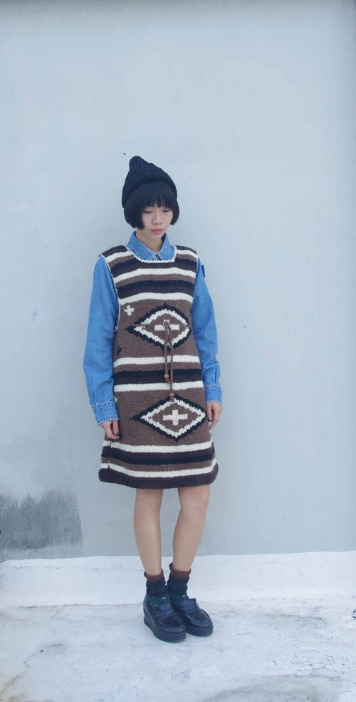 4.5studio- Japan Kanghui Geocaching old clothes, DC - Coffee totem thick knit sleeveless dress
