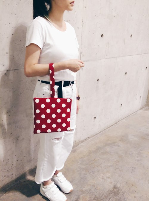 Clutch ::: Shuiyu little squares (red)