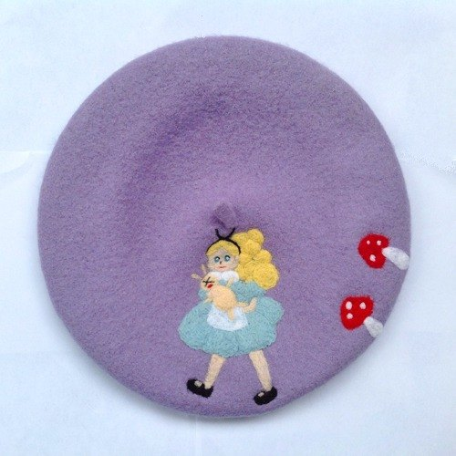 Handmade wool felt Alice in Wonderland Children hat painter hat bud