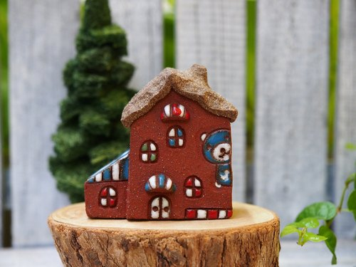 [Happy Village Happy Village] - super cute Winnie the house hand-made pottery