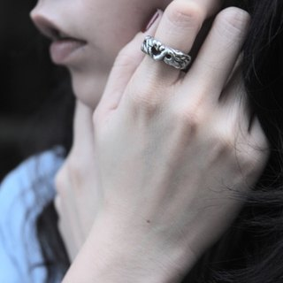 Love shape silver rings