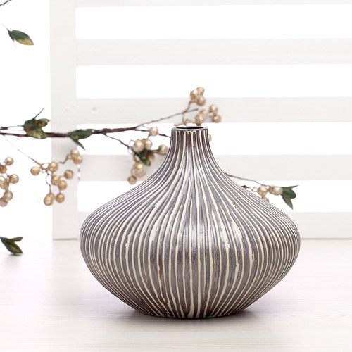 MONIQUE vase (buy one get one)