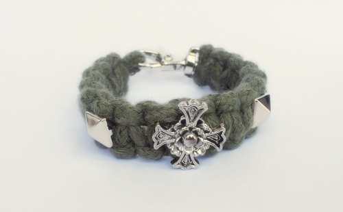 Army Green Rose Cross d nail braid
