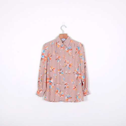 [Eggs] orange gardenia plant vintage print shirt
