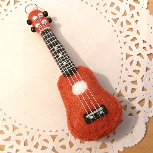 "[Ukulele - Pocket Edition Accessories] non-woven non-woven doll musical instruments guitar Hands custom-made ""Meath Bear"" Valentine's Day gift"