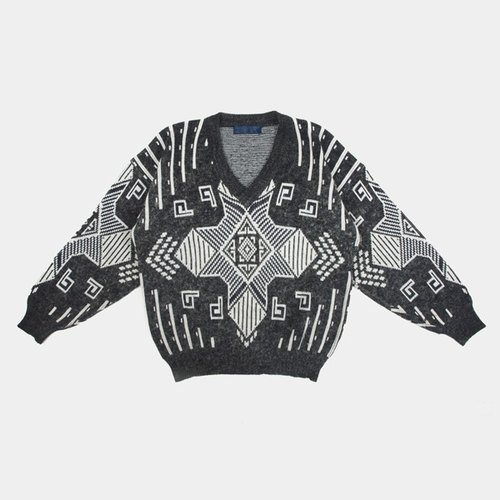 │moderato│ gray geometric totem personality vintage sweater │ │ forest Slightly retro. England. Art youth