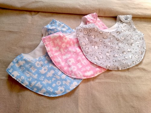 To darling - the sixfold yarn bibs (B)