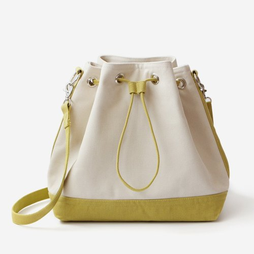 found.it large canvas classic drawstring bucket (shoulder) bag / colors x licorice green