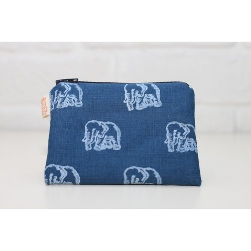 Forest elephant totem animal series _ Purse blue section