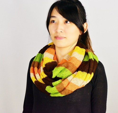 Hand-woven alpaca colored scarves _ fair trade